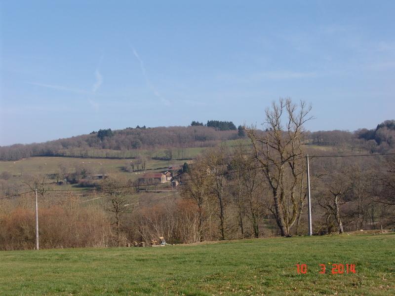 Aire camping-car à Saint-Silvain-Bellegarde (23190) - Photo 2